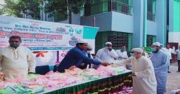 জয়পুরহাটের আক্কেলপুরে পৌরসভার পক্ষ থেকে ঈদ উৎসব ভাতা বিতরন